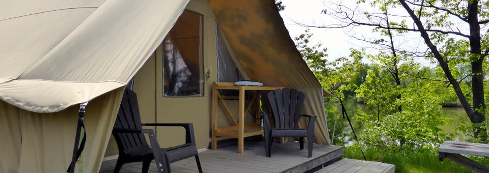 Parc national de Plaisance tent