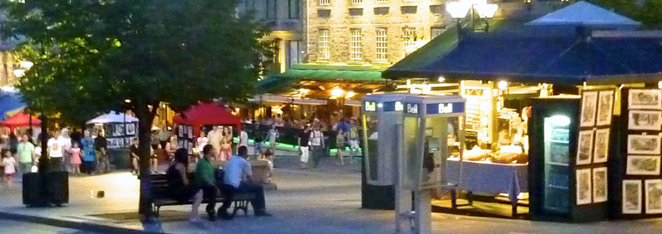 Place Jacques Cartier by night