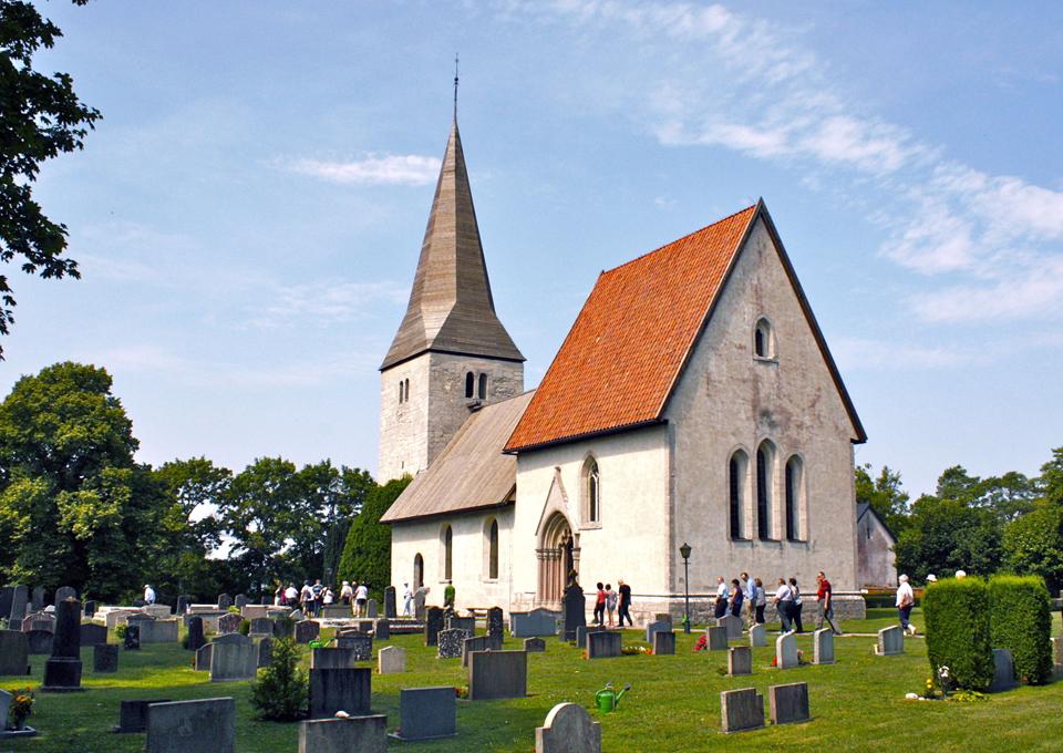 "Fröjel Socken's ""saddle style"" church, Gotland"