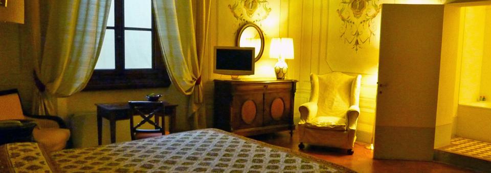 guest room at the Villa il Poggiale