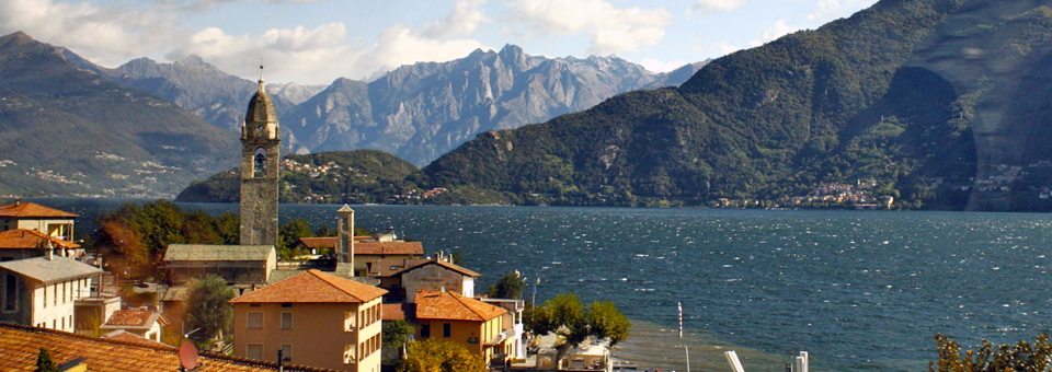 view from bus along Lake Como
