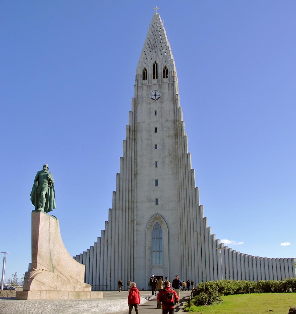 The statue of Leif Eriksson, a gift from the United States, outside Reykjavík's landmark Hallsgrímskirkja