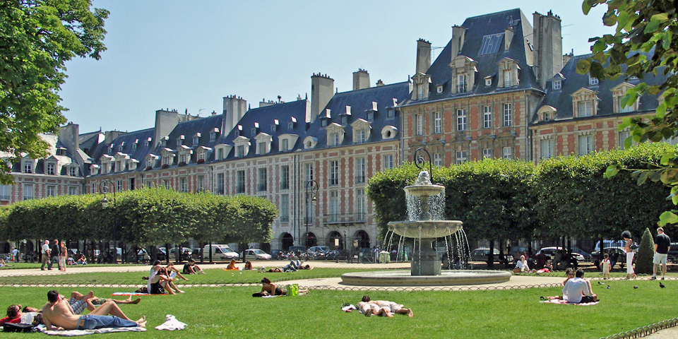 Thirty-six matching brick and stone structures were built in the 17th century in Le Marais, creating Paris' oldest and loveliest square, Place des Vosges.