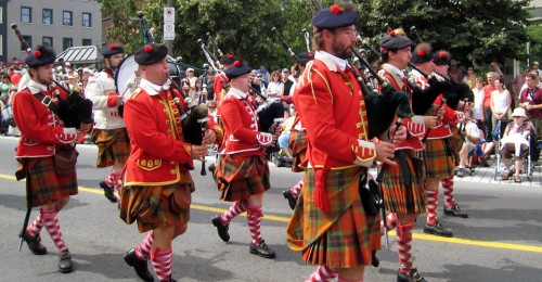 bagpipers, Québec City 400th Anniversary