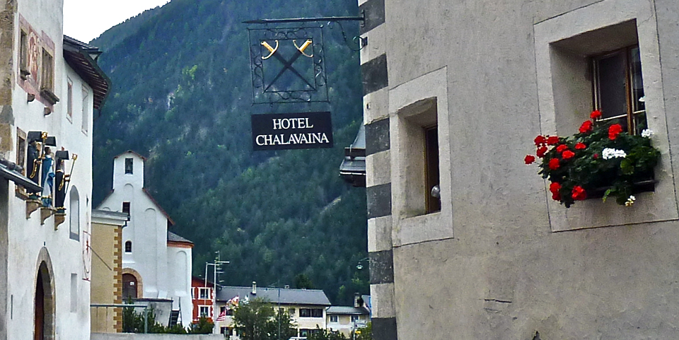 crossed swords on sign for Hotel Chalavaina