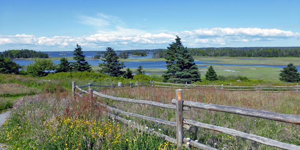 Le Village historique acadien de la Nouvelle Ecosse nature trail overlooking Pubnico Harbour Nova Scotia