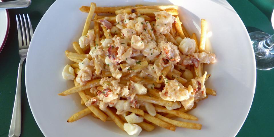 award-winning lobster poutine, Ye Olde Argyler Inn, Nova Scotia