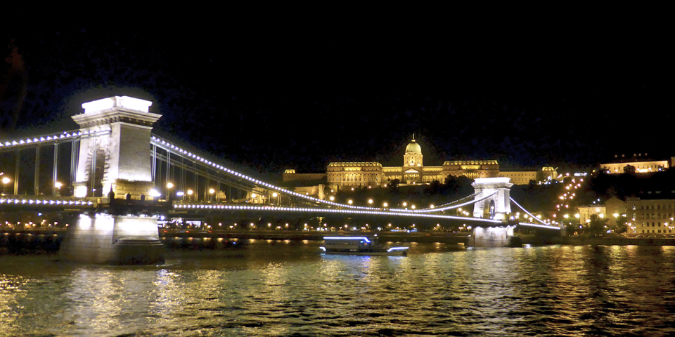 Chain Bridge and Castle Hill by night, Budapest
