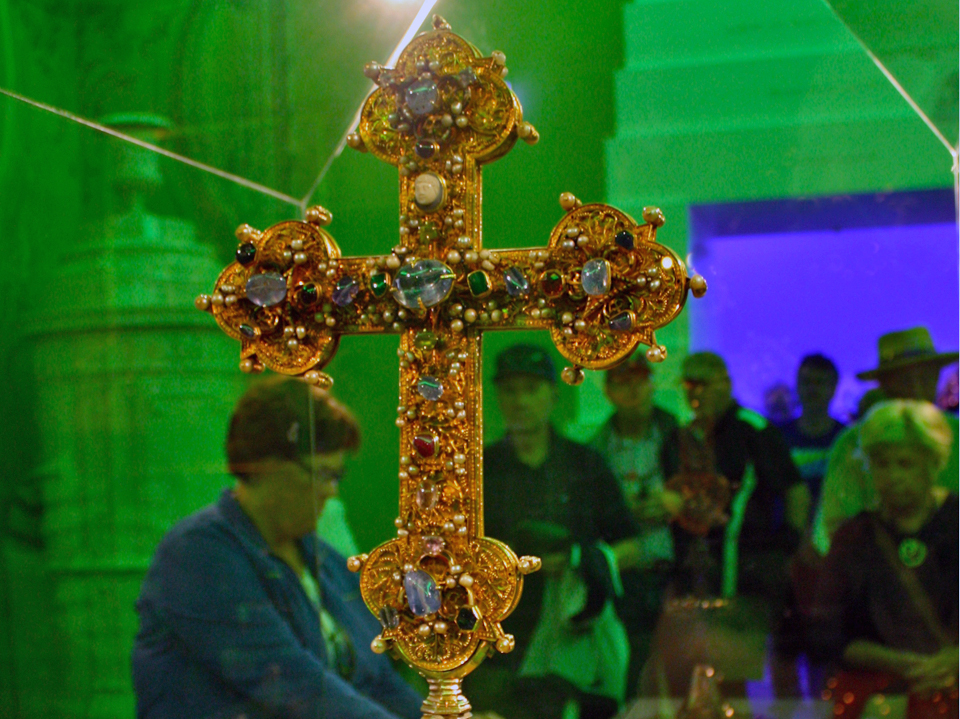 gold and jewel encrusted cross containing a fragment from the Holy Cross, Melk Abbey