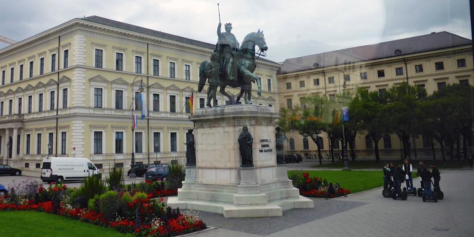 Ludwig I statue, Odeonsplatz, Munich