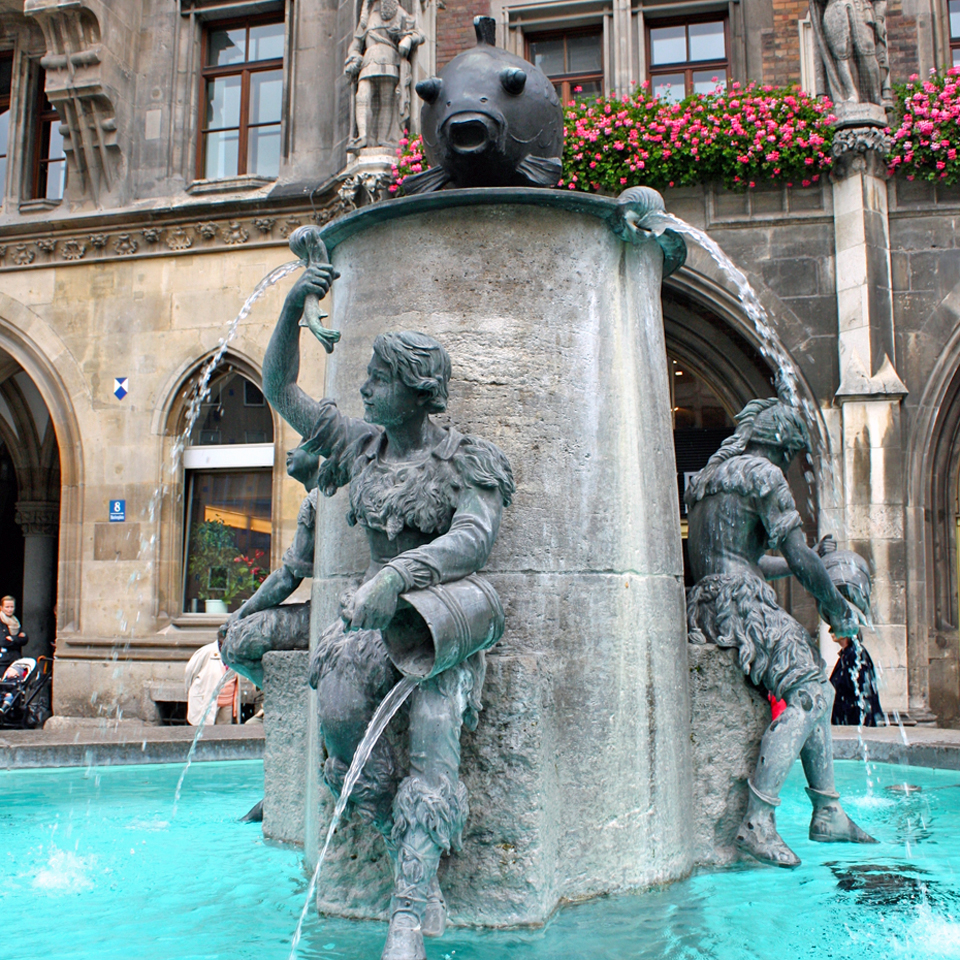 fish fountain, Marienplatz, Munich
