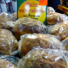 raisin bread, Quebec City public market