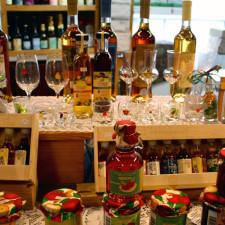 wine, Marché du Vieux Port, Quebec City