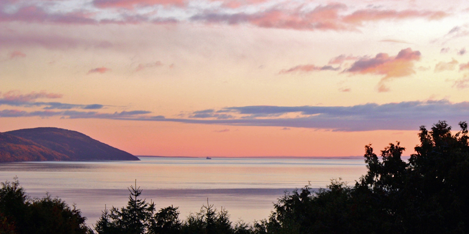pre-sunrise at Auberge des 3 Canards, La Malbaie, Charlevoix, Quebec, Canada