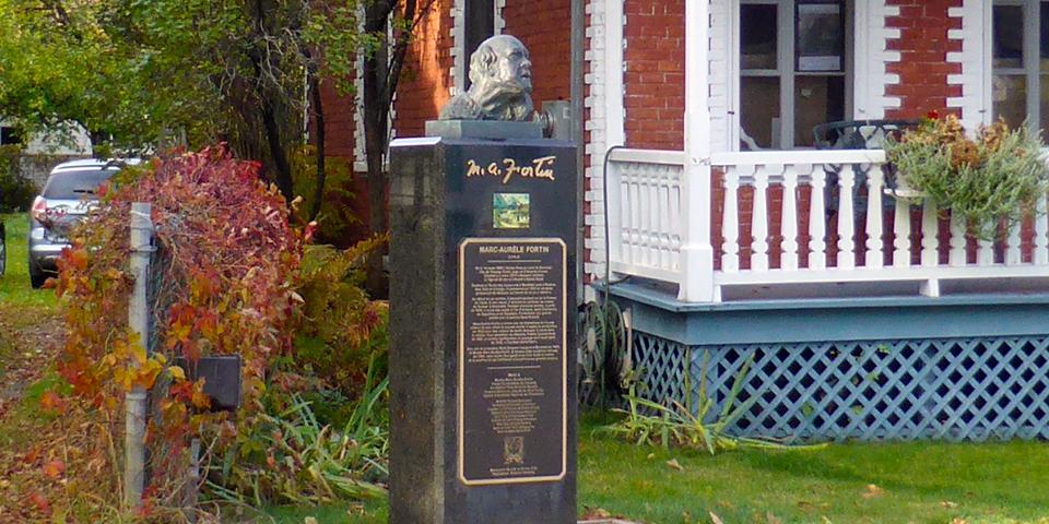artist Marc-Aurèle Fortin monument, rue Saint-Jean-Baptiste, Baie Saint-Paul, Charlevoix, Quebec, Canada
