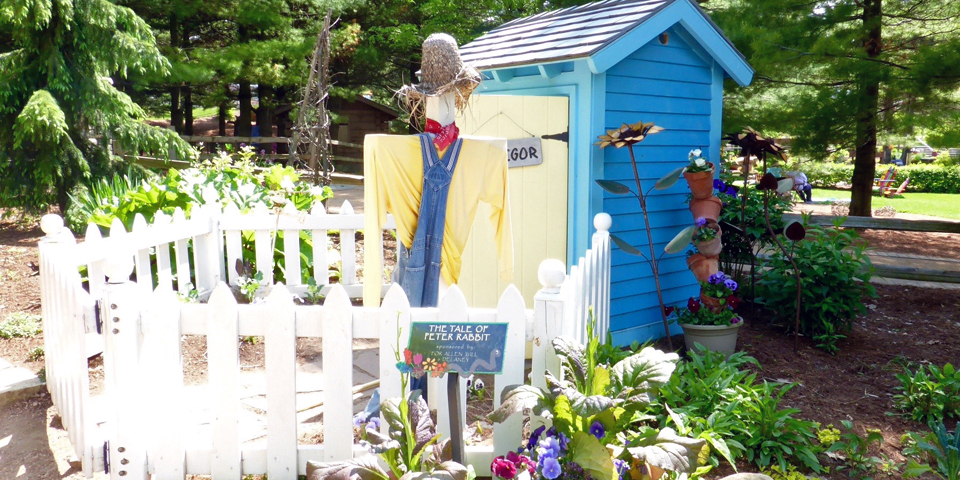 The Tale of Peter Rabbit, Bookworm Gardens, Sheboygan, Wisconsin