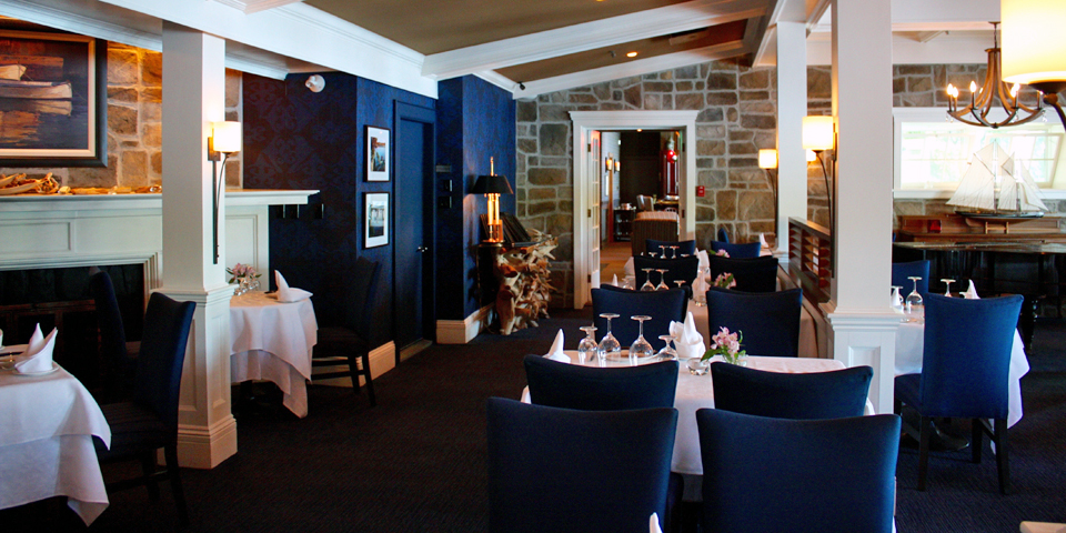 Ripplecove dining room, Eastern Townships, Québec, Canada
