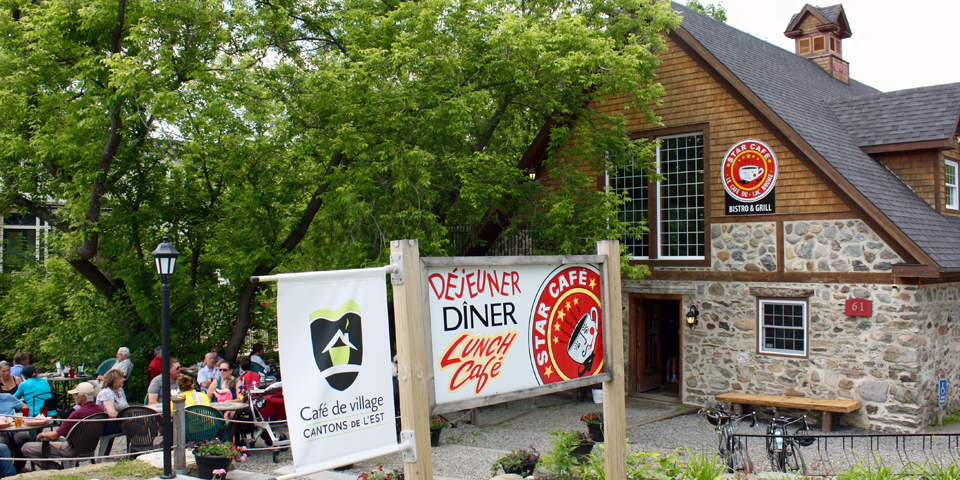 Star Café, Knowlton, Eastern Townships, Quebec, Canada
