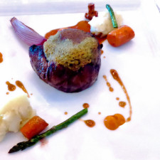 beef fillet with Bordelaise sauce, RipplecoveLakefront Hotel, Ayer's Cliff, Eastern Townships, Quebec, Canada
