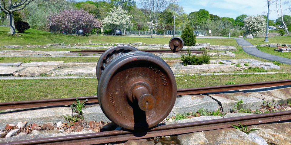The turntable site is all that remain from the Connecticut Valley Railroad Roundhouse that operated from 1871 to 1922 at what is now the 17-acre Fort Saybrook Monument Park.