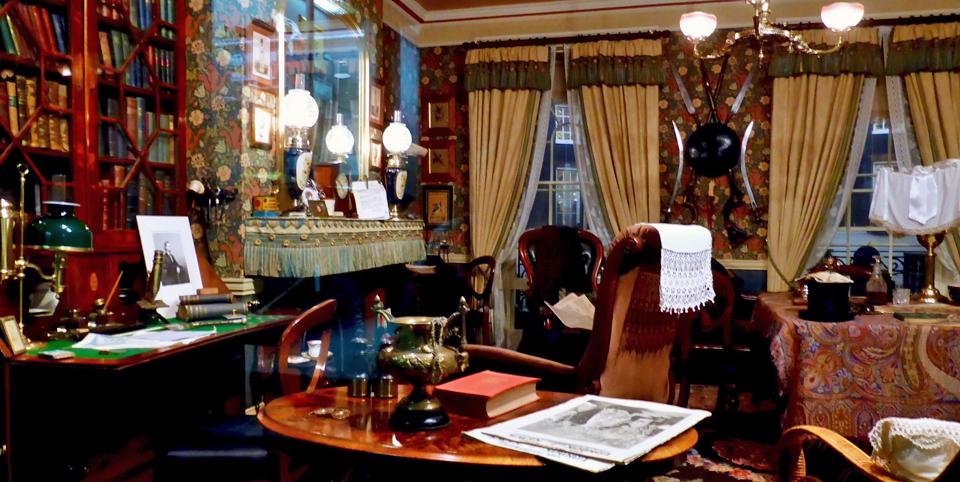 Sherlock Holmes' parlour, Sherlock Holmes Museum, Meiringen, Switzerland
