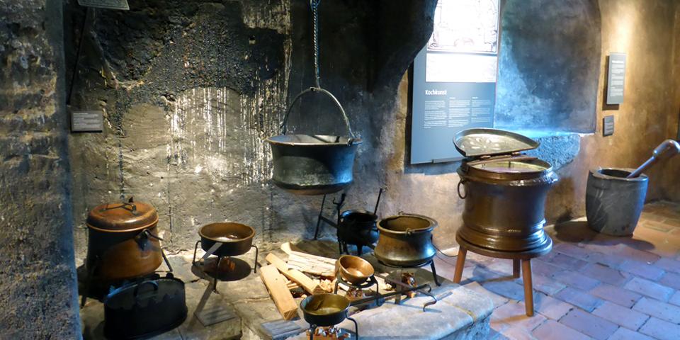 15th to 17th century kitchen, Spiez Castle