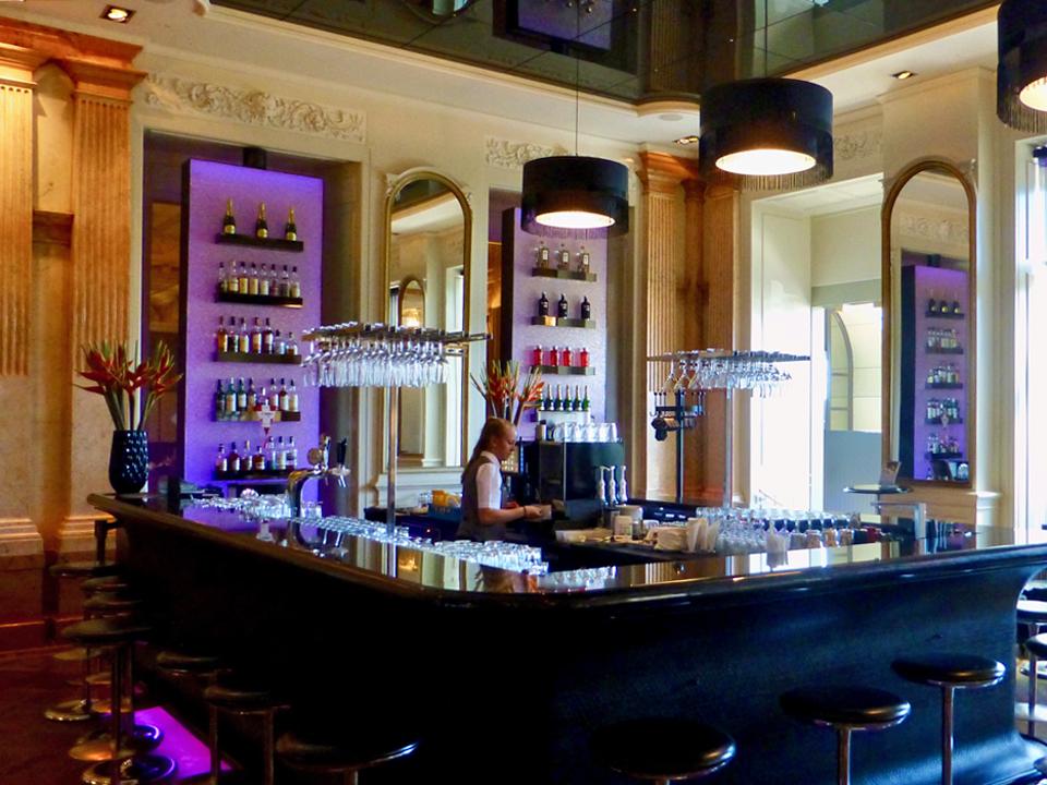 bar, Hotel Schweizerhof, Glacier Garden, Lucerne, Switzerland