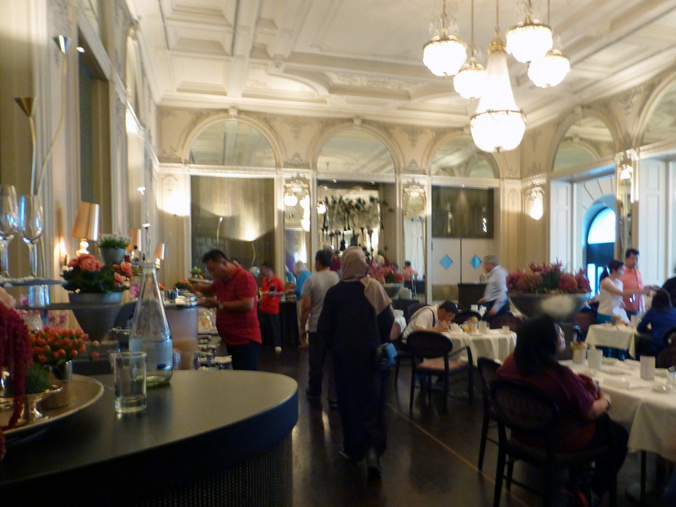 breakfast room, Hotel Schweizerhof, Lucerne, Switzerland