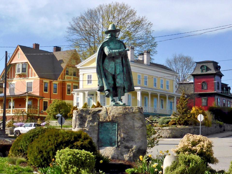 statue of John Winthrop, New London, Connecticut