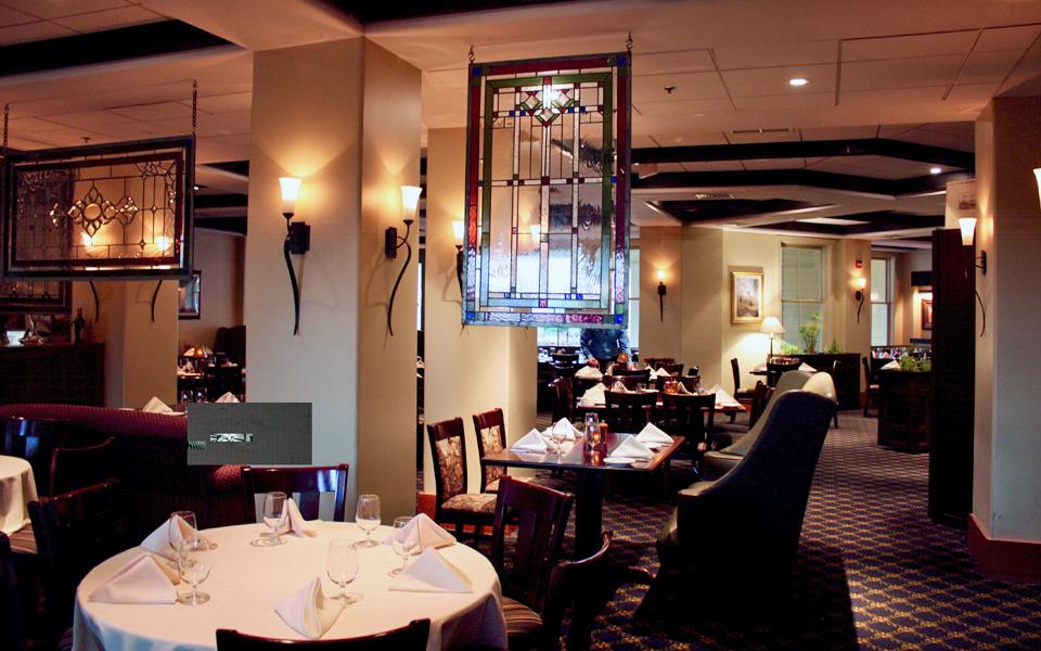 dining room, Coleman Brook Tavern