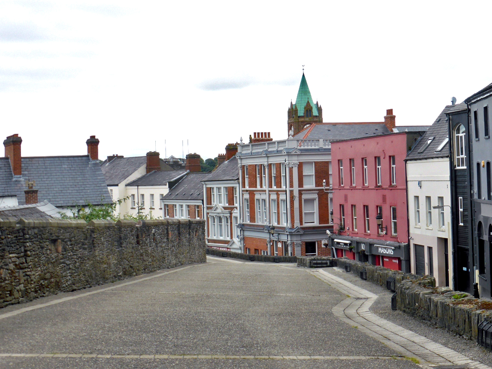 Londonderry wall and promenade