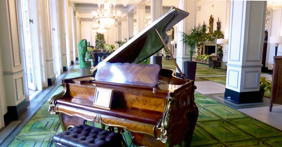 Steinway piano in the St. Anthony Hotel