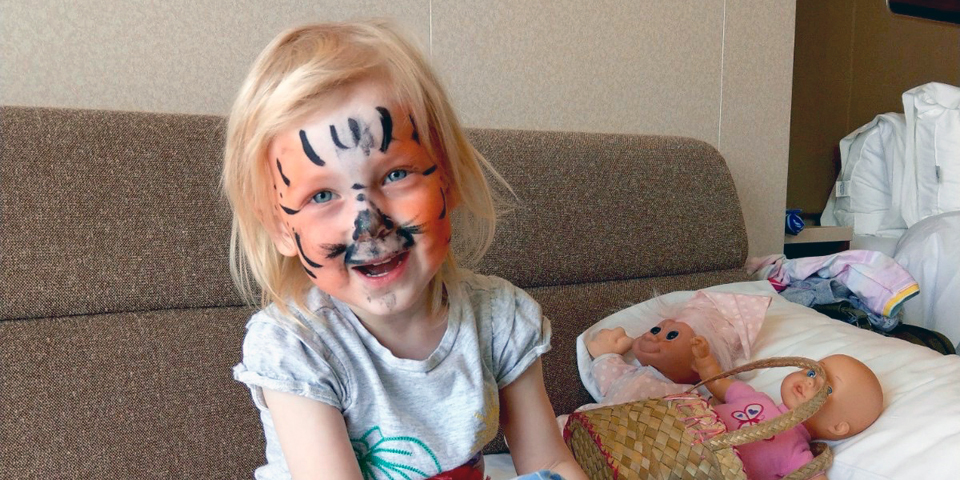 face painting after Splash Academy aboard the NCL Breakaway