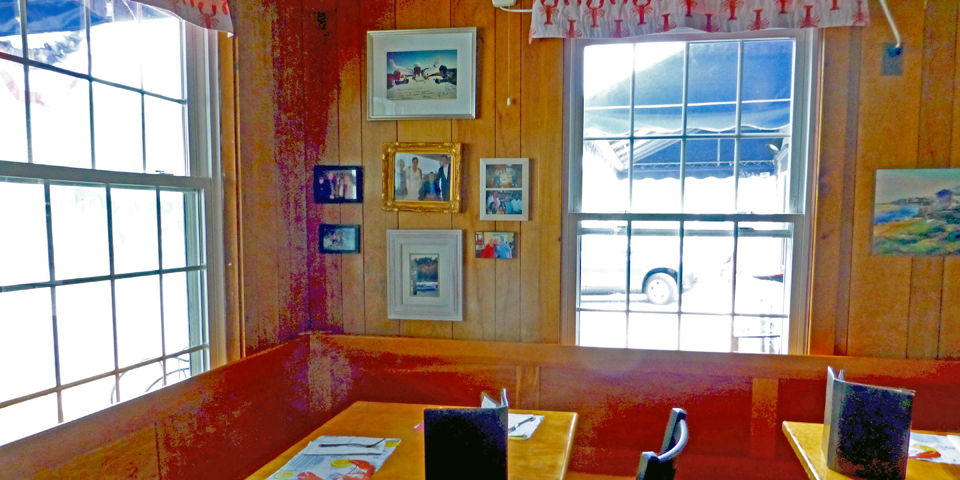 Bush booth, Mabel's Lobster Claw, Kennebunkport, Maine