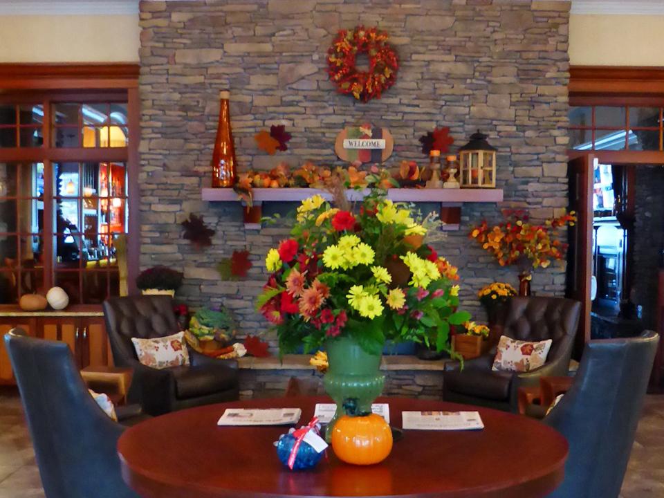 Watkins Glen Harbor Hotel lobby, Watkins Glen, NY