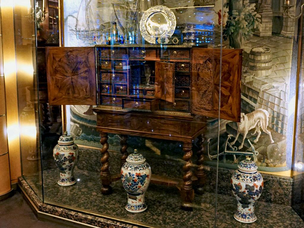 Dutch artifacts, Eurodam