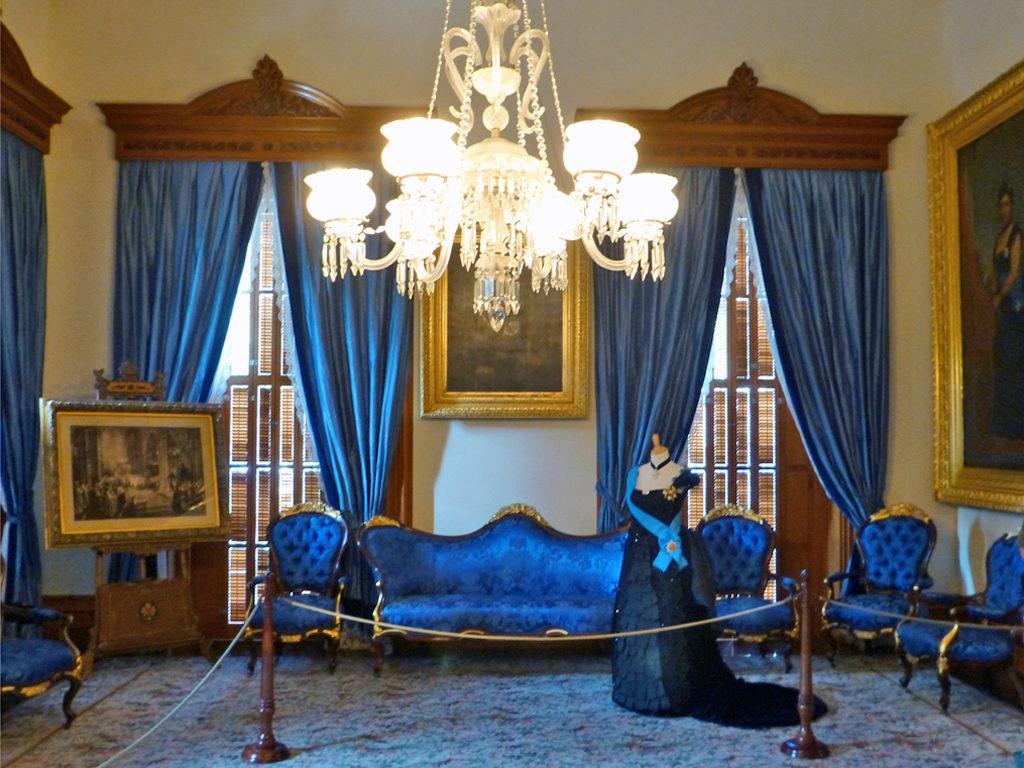 blue room, Iolani Palace, Honolulu, Hawaii