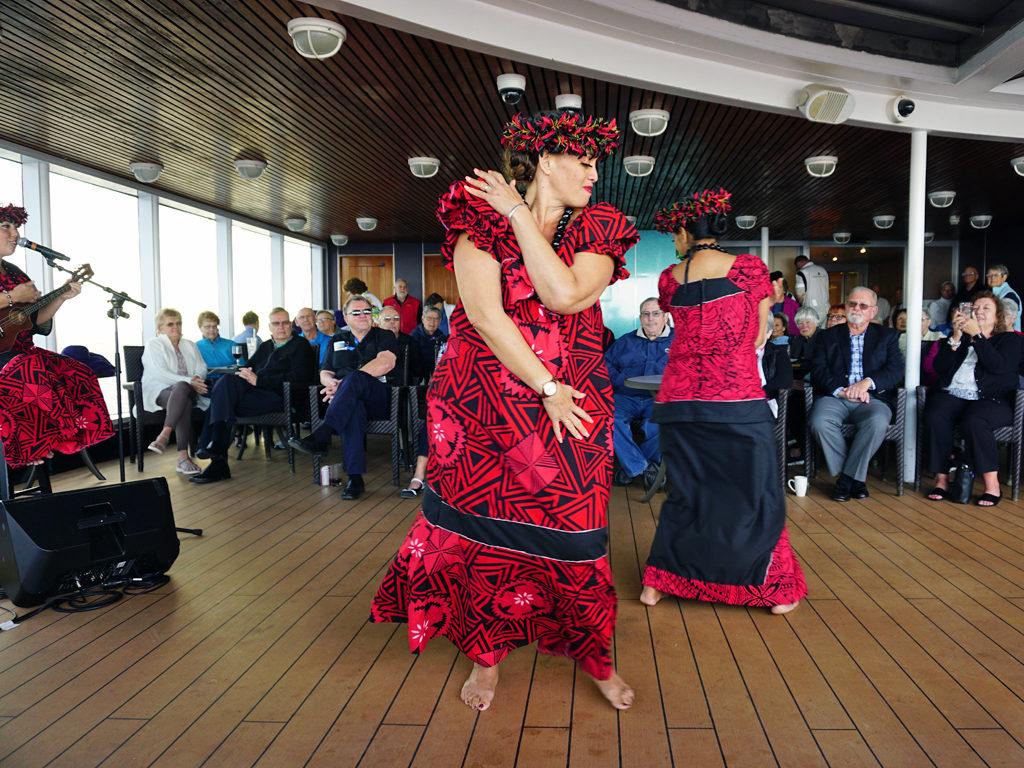 hula dancers, Eurodam