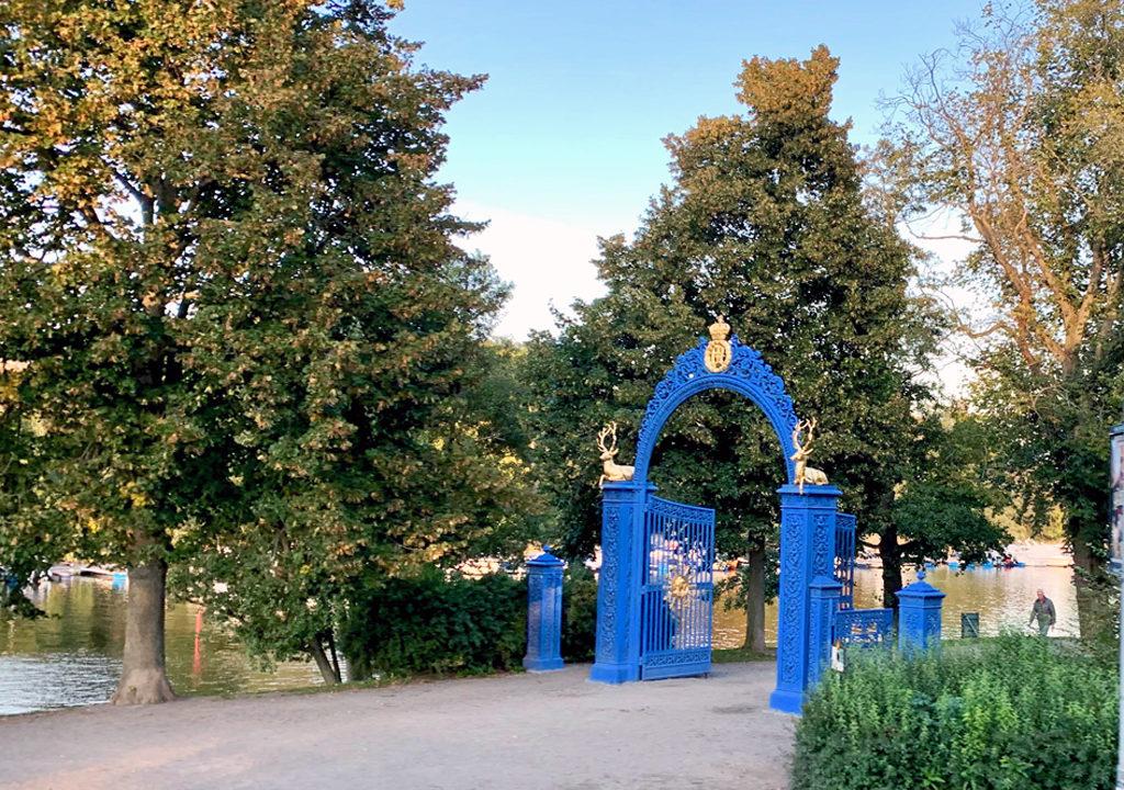 blue gates in Djurgården